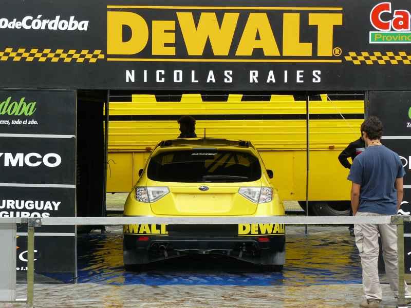 DEWALT sponsor del equipo Subaru – Barattero