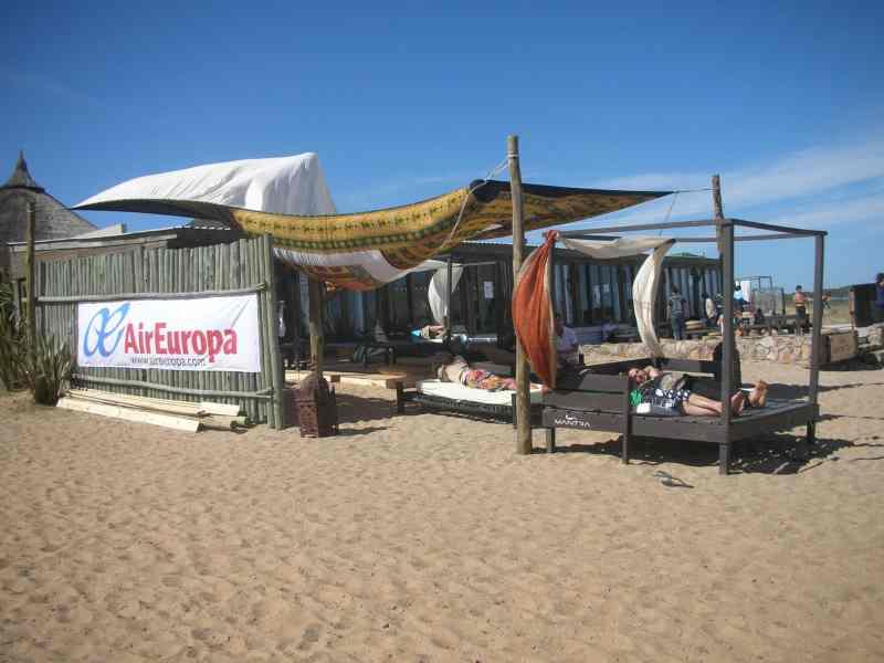 Air Europa presente en el parador Mantra Beach de Punta Del Este
