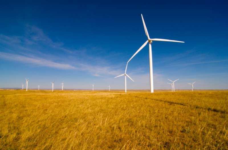 Duke Energy alcanzó los 1.000 MW de capacidad de producción de energía eólica y solar