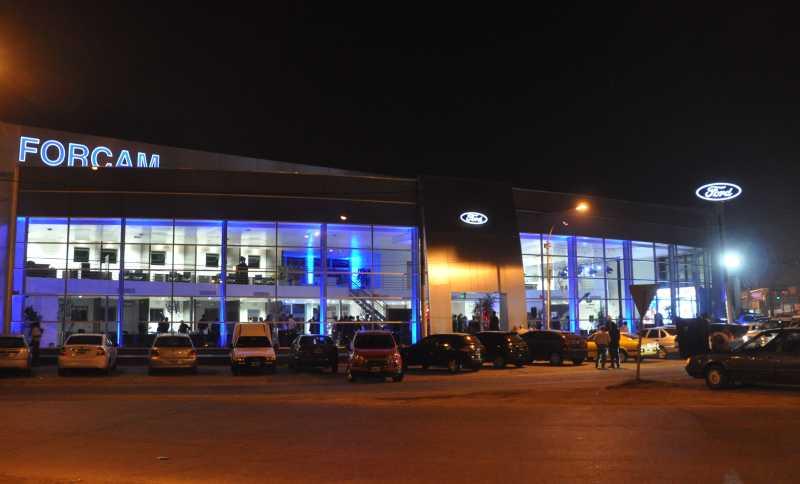 Forcam inauguró su nuevo salón de ventas
