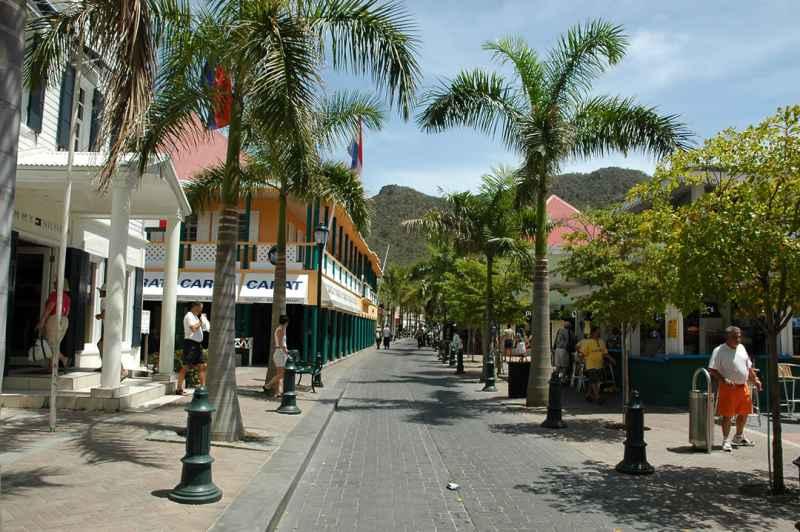 St. Maarten, un paraíso para quienes adoran las compras
