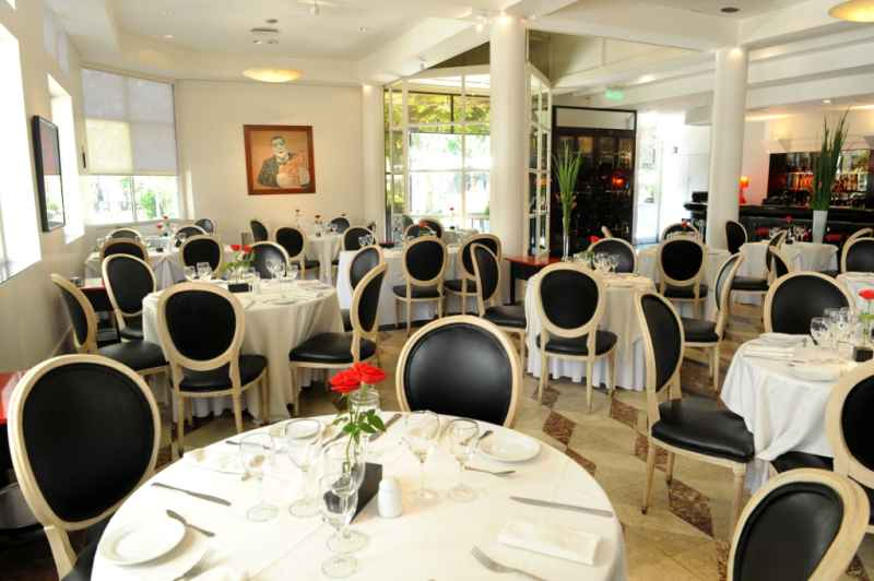 San Valentín por una semana en LOLA Restaurant