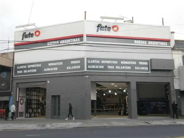Performance Center inaugura nuevo Punto de Venta Fate en Warnes