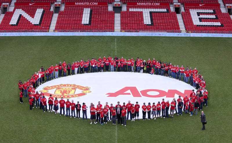 Aon inaugura el patrocinio del equipo Manchester United, con inciativas globales de responsabilidad social