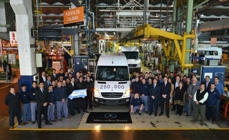Mercedes-Benz festeja sus 250.000 Sprinter