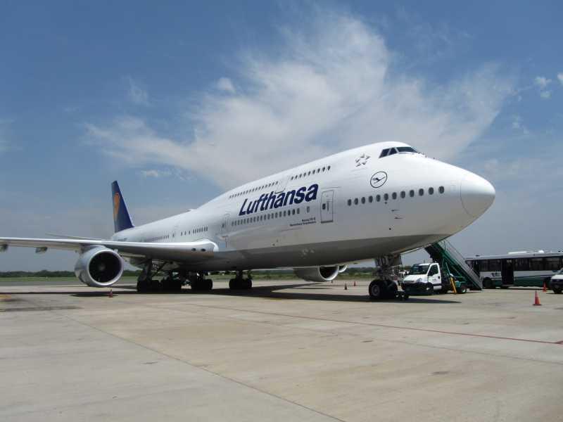 Lufthansa presentó el avión más largo del mundo en Buenos Aires
