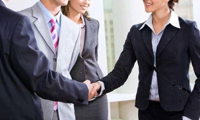 Networking y la importancia de mantener el contacto con las personas cara a cara