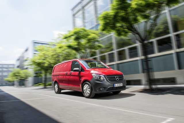 Mercedes-Benz Argentina anunció la incorporación de 900 empleados, aumento de producción y nuevas inversiones