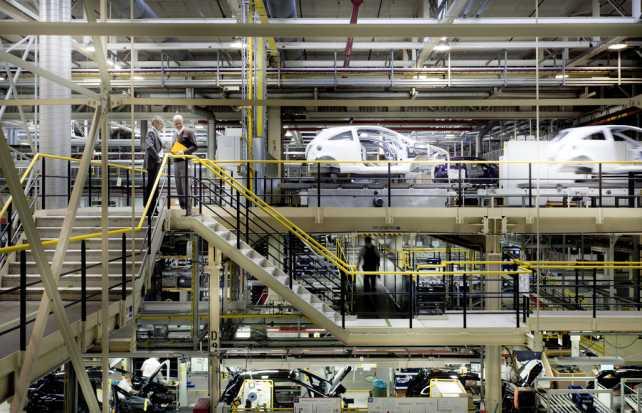Cinco alternativas para resolver la escasez de Recursos Humanos en la industria automotriz
