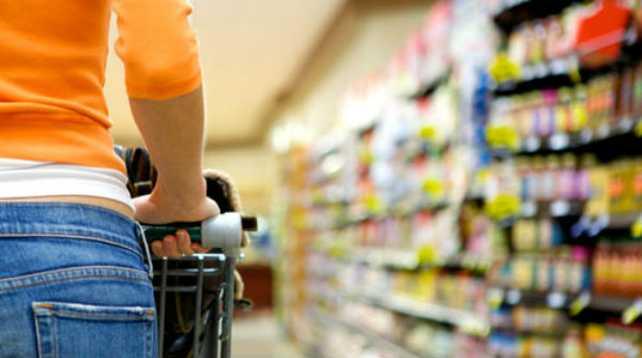 Argentina sigue pico abajo: El consumo cayó otro 0,4%