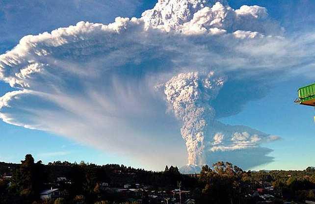 Patagonia en alerta por la erupción del volcán Calbuco