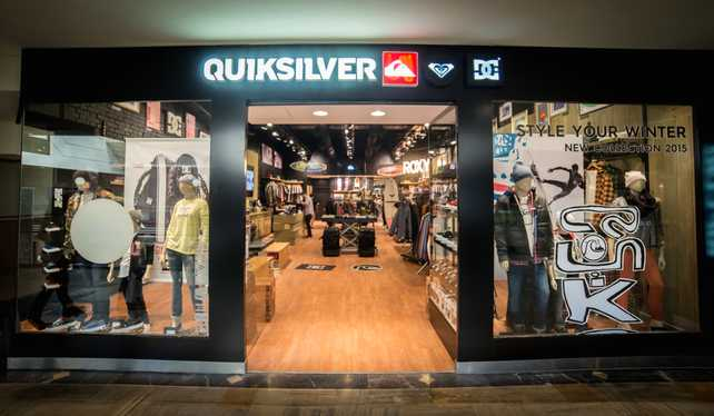 Quiksilver abrió un local trimarca en Unicenter
