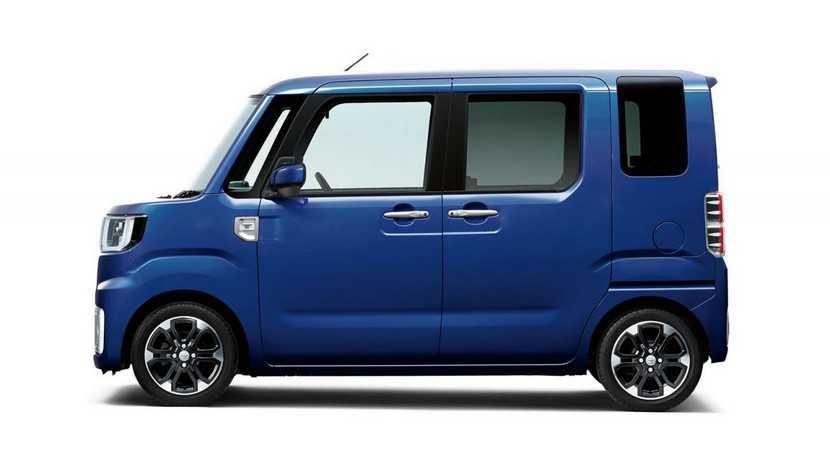 Toyota-Pixis-mega-2