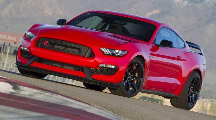 El Ford Shelby Mustang GT500 podría llegar con un V6 Ecoboost de unos 700 CV
