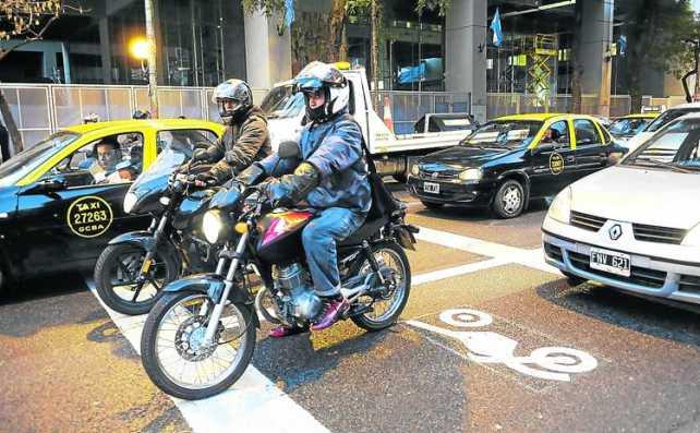 Por una Ley Nacional que regule el uso de las motos en la ciudad
