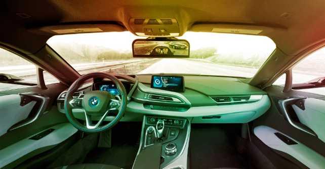 BMW sustituye los retrovisores por cámaras en su modelo i8