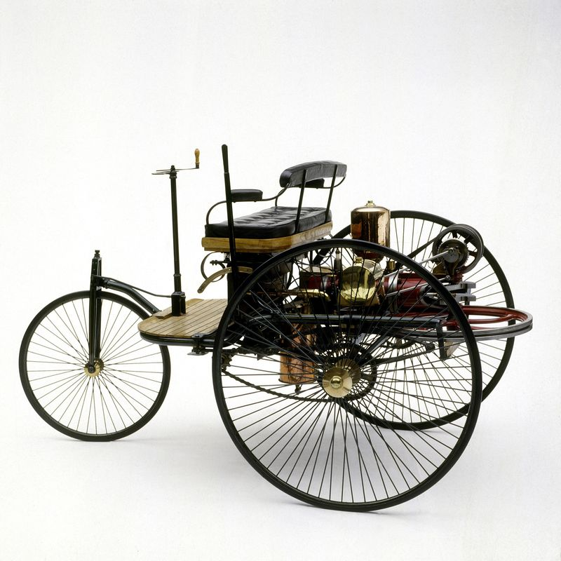 Foto 6. 130 años de la creación del autómovil