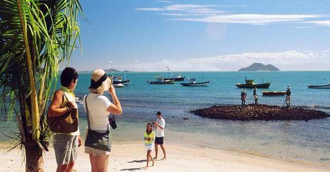 Turismo: ¿A dónde fuimos y cómo nos informamos a la hora de viajar?