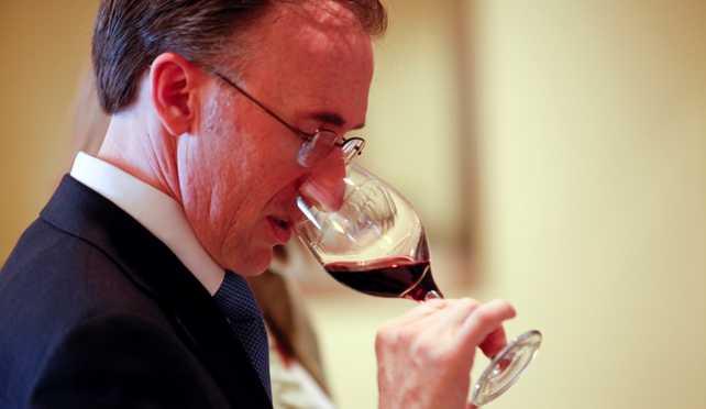La carta de vinos de Air France es diseñada por Paolo Basso