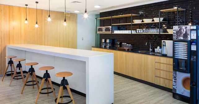 """Beneficios para empleados: el espacio para el """"coffee break"""" se vuelve clave en las oficinas"""