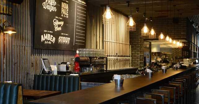 La nueva cara de buller cervecer a todo en un click for Decoracion de cervecerias