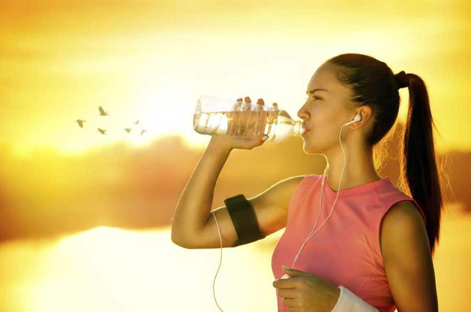 Verano: ¿Cómo beber más agua?