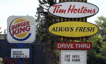 Burger King compra Popeyes por $1,800 millones