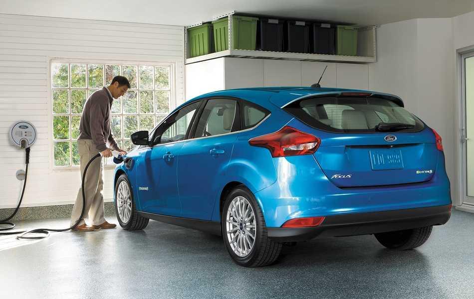 Ford lanza nuevo Focus electrico en Europa