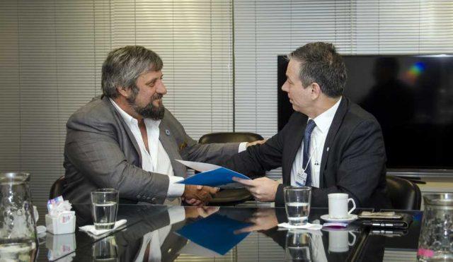 ENACOM y Ericsson cooperan para fortalecer las TIC en Argentina