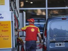 YPF analiza comprar la red de Shell por US$ 900 millones