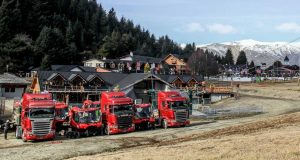 Scania y Vía Cargo transportaron las nuevas máquinas pisa-nieves de Catedral Alta Patagon ia