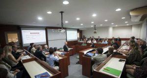 La Universidad Austral presenta la Diplomatura Online en Gestión Logística Integral