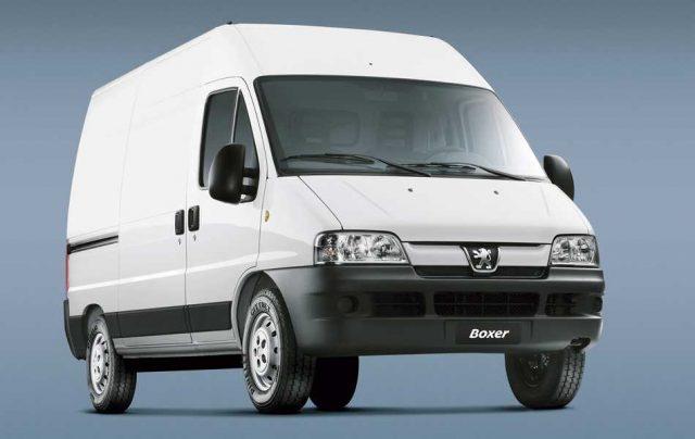 La gama de utilitarios Boxer de Peugeot, se renueva