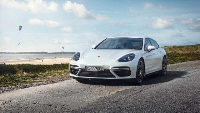 Porsche lanza una nueva versión del Panamera con 680 hp y 49 km de autonomía en modo eléctrico