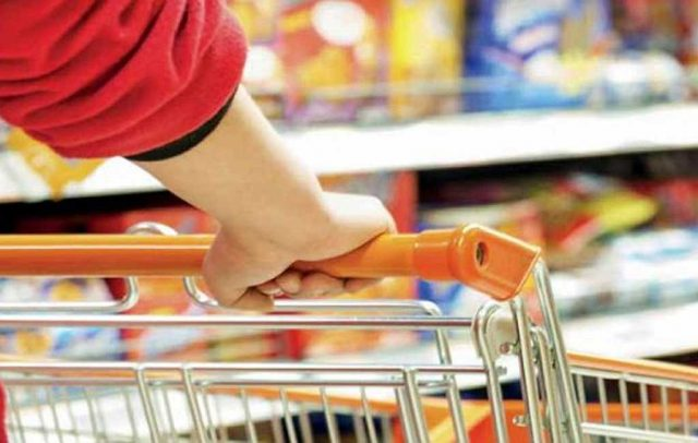 El consumo masivo arranca a la baja por tercer año consecutivo