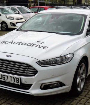 Ford prueba en Reino Unido una nueva tecnología de estacionamiento colaborativo
