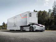 Volvo Trucks presenta la solución de transporte del futuro con vehículos eléctricos autónomos