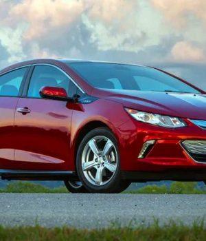Para salir de la crisis GM descarta fabricar autos híbridos