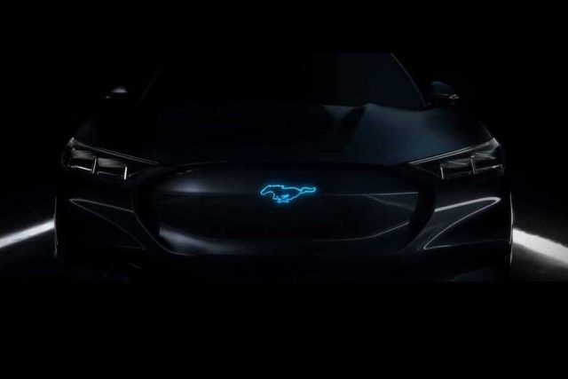 Ford patentó un sistema híbrido que podría utilizar el Mustang