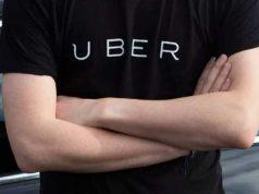 Uber: Conductor estafa a pasajera con ayuda de la policía en México