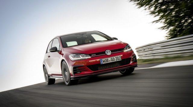 Volkswagen Golf GTI TCR: casi como un auto de carreras