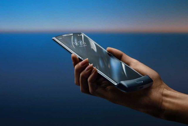 Llega el nuevo Motorola Razr con una pantalla plegable de 6.2