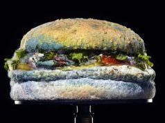 Burger King presenta esta ¿suculenta? Whopper con moho