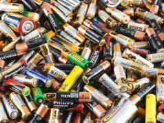 """Científicos crean una """"batería orgánica"""" que se puede cargar hasta 500 veces con energía solar"""
