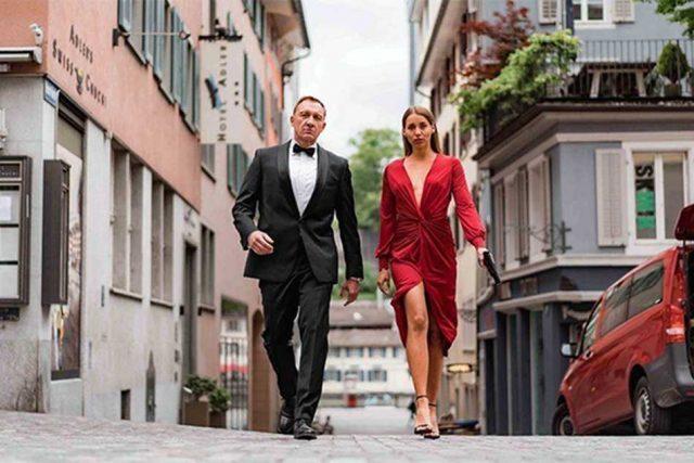 James Bond huye a los Alpes suizos para escapar del peor villano: el COVID-19
