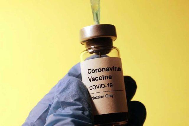 Advierten sobre engaños relacionados a la vacuna contra el COVID 19