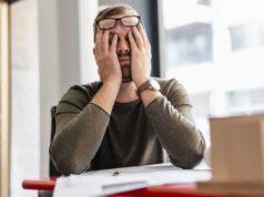 """Covid-19: gran mayoría de empleados """"consumidos por el trabajo"""""""