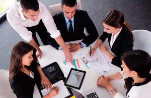Involucrar al talento global para satisfacer las necesidades de los clientes internacionales